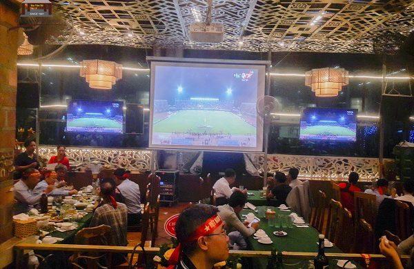 """Ẩm thực Vân Hồ – Điểm hẹn không thể tuyệt hơn dành cho các """"tín đồ"""" bóng đá"""