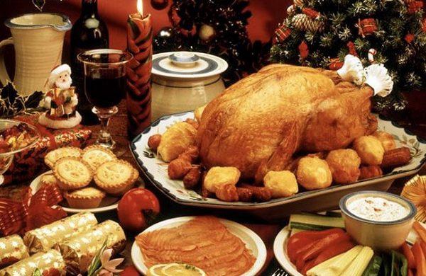 Các quốc gia trên thế giới ăn gì trong dịp Giáng Sinh?