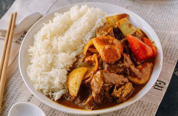 Hướng dẫn nấu món cà ri bò thơm ngon chuẩn vị cho cả gia đình