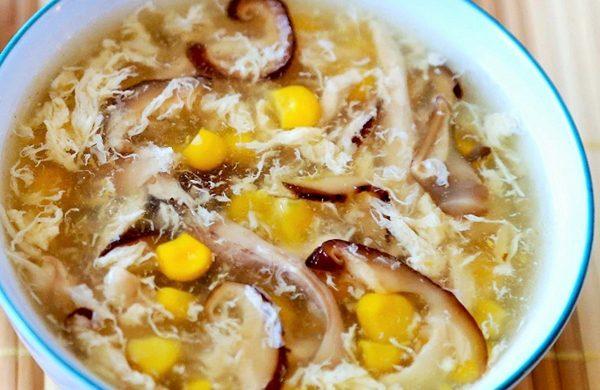Hướng dẫn nấu súp gà tăng cường sức đề kháng cho cả gia đình