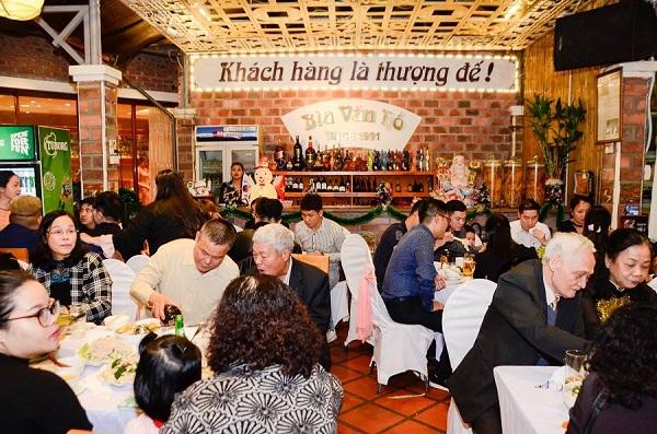 nhà hàng tổ chức tiệc cưới giá rẻ Hà Nội