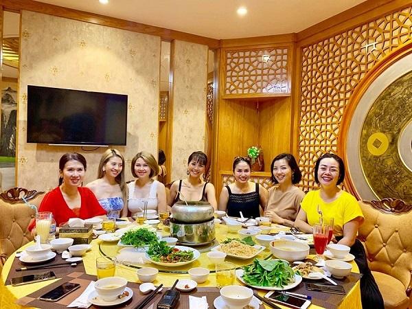 Nhà hàng gia đình ở Hà Nội