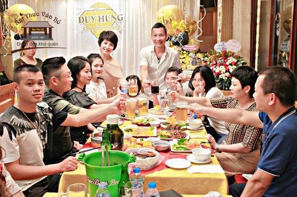 Nhà hàng ăn gia đình ở Hà Nội