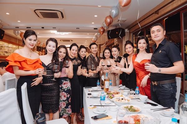 nhà hàng tổ chức sinh nhật ở Hà Nội