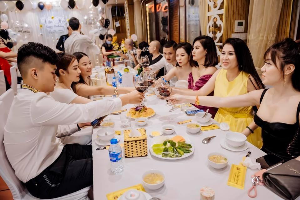 các quán ăn cho gia đình ở Hà Nội