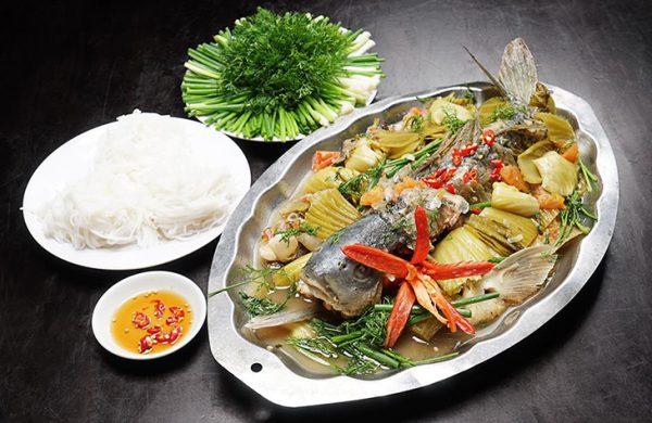 Cách làm món cá chép om dưa đậm đà đưa cơm ngày hè