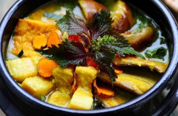 Thay đổi khẩu vị canh cà tím nấu thịt ba rọi dân dã, cực ngon