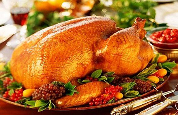 Làm gà nướng mật ong thơm nức mũi cho đêm Giáng sinh ấm áp