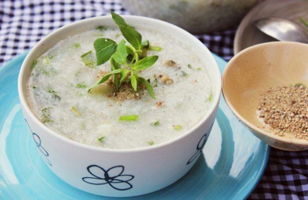 Nấu cháo vịt đậu xanh giải nhiệt, bổ dưỡng trong mùa hè nắng nóng