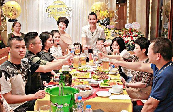 Gợi ý nhà hàng tổ chức sinh nhật sang trọng, ấm áp
