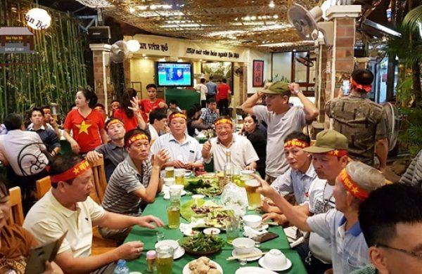 Quán bia Vân Hồ – Điểm đến lý tưởng để theo dõi những trận cầu nảy lửa