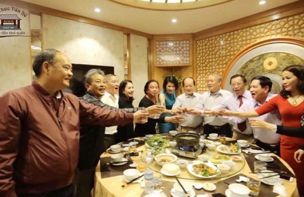 Truy tìm nhà hàng tổ chức sinh nhật giá rẻ tại Hà Nội